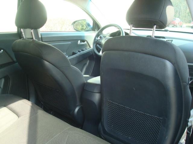 2011 Kia Sportage rear seats 2