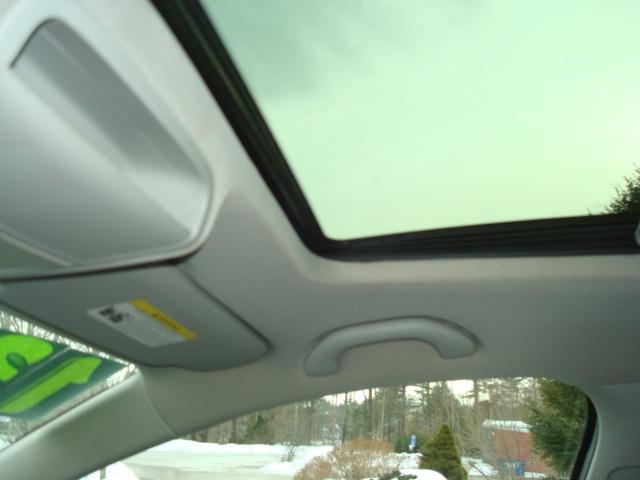 2013 VW Jetta sun roof