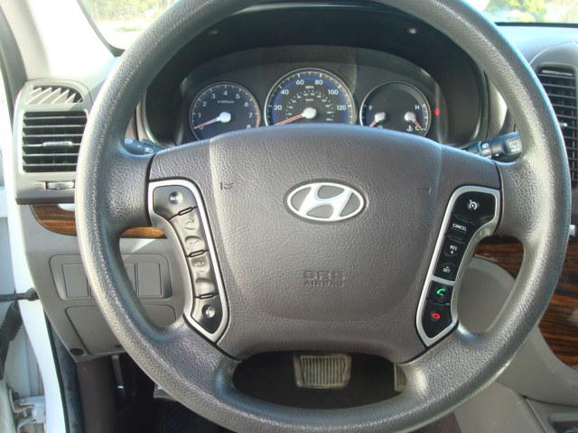 2010 Hyundai Santa Fe steering