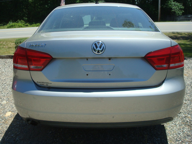 2012 VW Passat tail