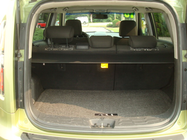 2010 Kia Soul tail open