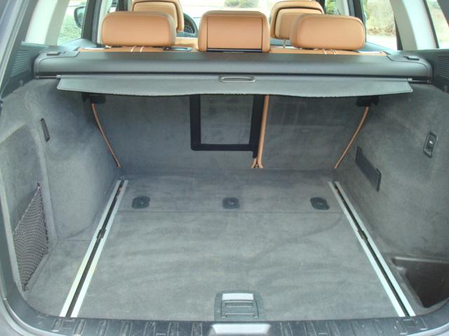 2010 BMW X3 tail up
