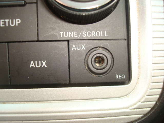 2010 Dodge Journey auxilliary input