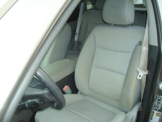 2011 Kia Sorento seat