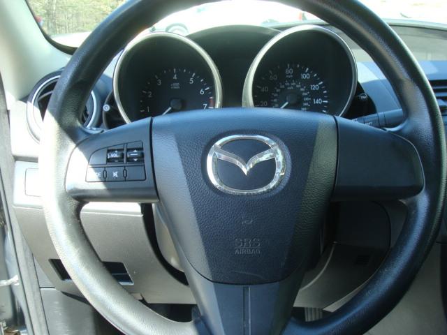 2011 Mazdaz 3 steering