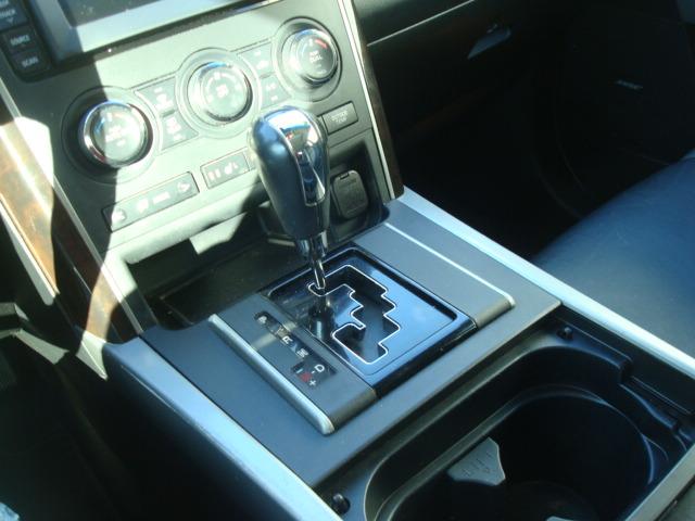 2011 Mazda CX9 shift