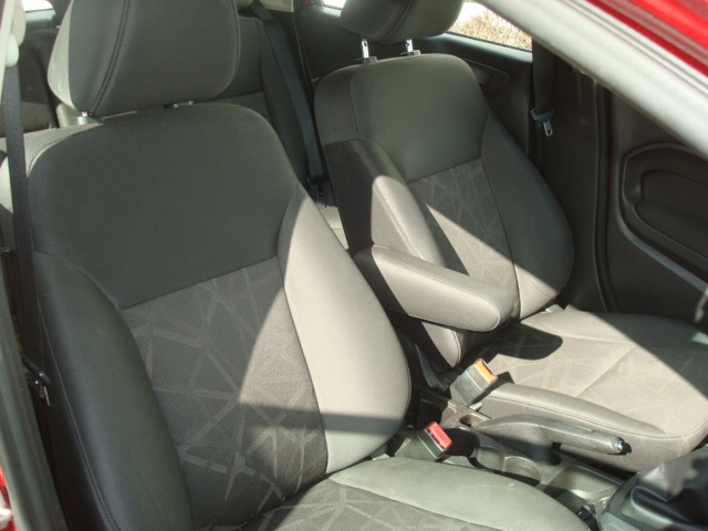 2013 Ford Fiesta pass seat