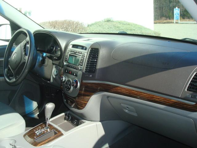 2010 Hyundai Santa Fe dash