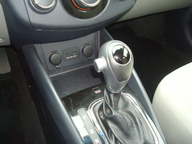 2012 Kia Forte shift