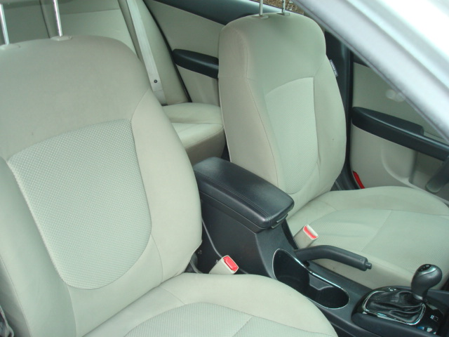 2012 Kia Forte pass seat