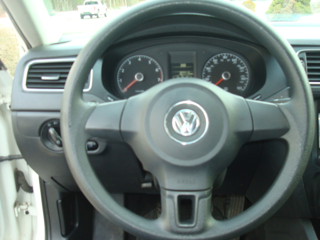 2013 VW Jetta steering