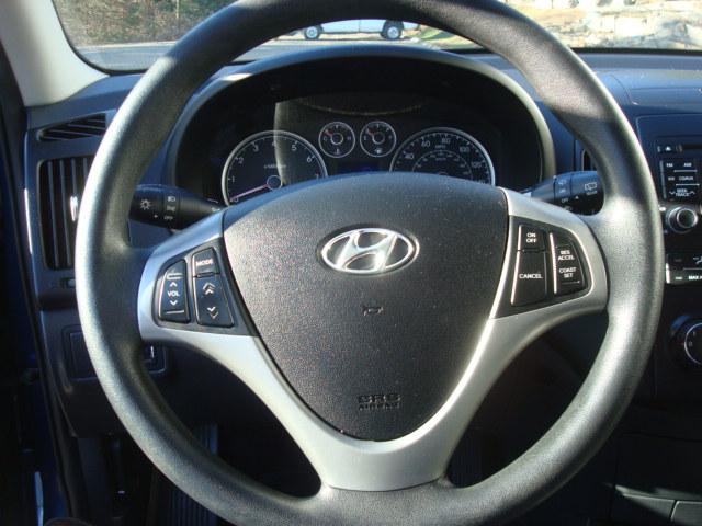 2012 Hyundai Elantra steering