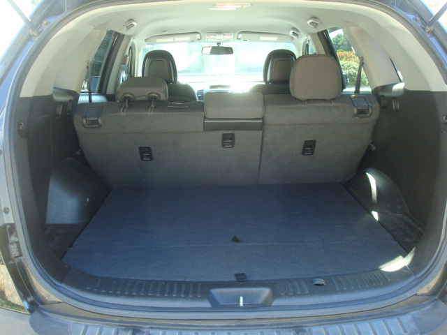 2011 Kia Sorento tail open