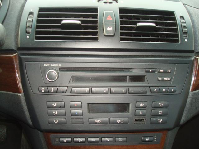 2010 BMW X3 radio