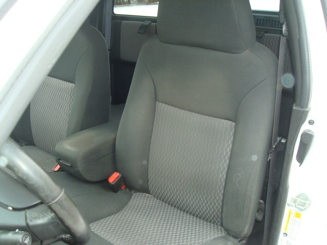 2009 Chevy Colorado seat