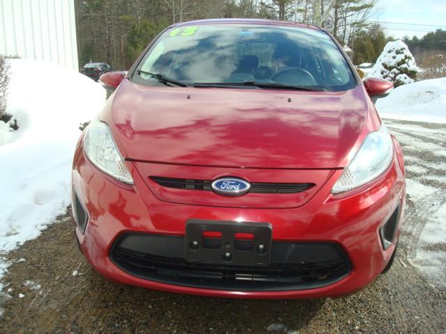 2013 Ford Fiesta hood