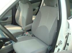 2009 Hyundai Accent seat
