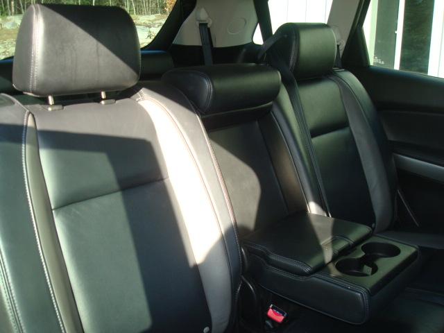 2011 Mazda CX9 rear seat 2