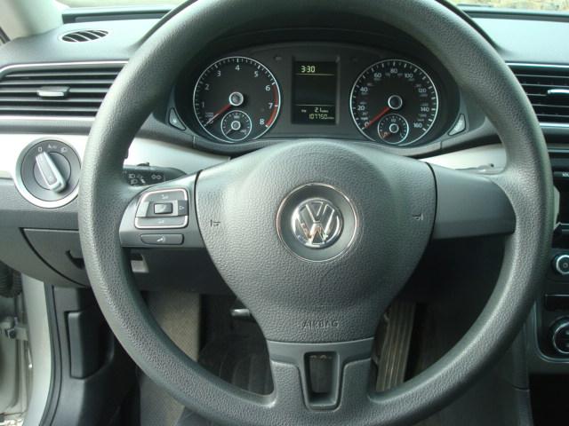 2012 VW Passat steering