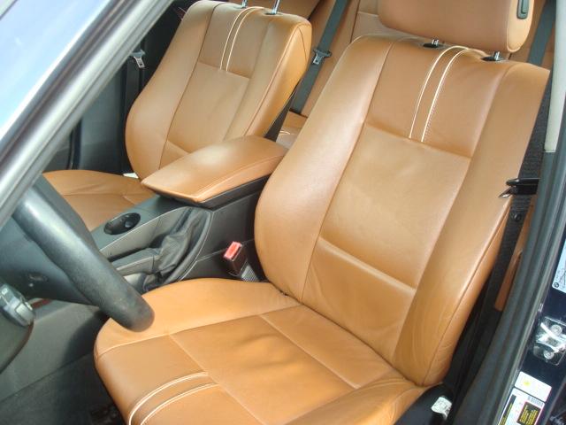 2010 BMW X3 seat