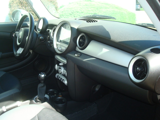 2007 Mini Cooper dash
