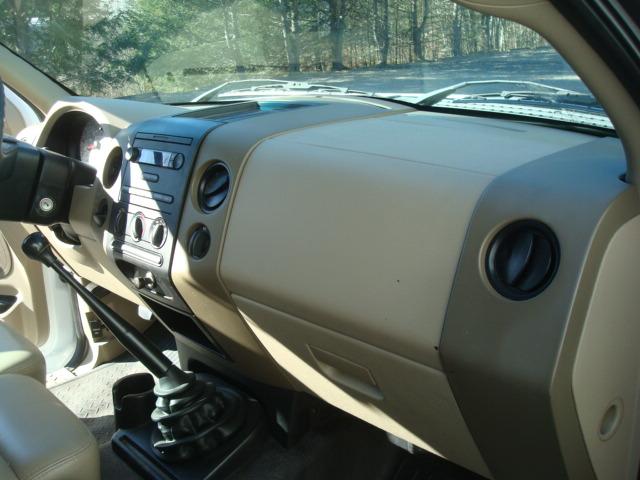 2008 Ford F-150 dash