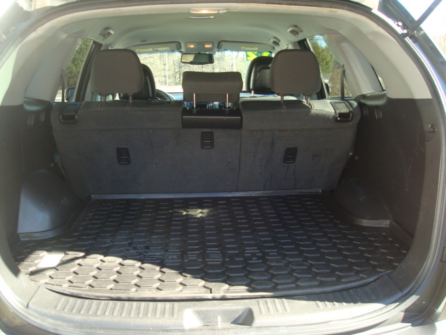 2012 Kia Sorento tail up