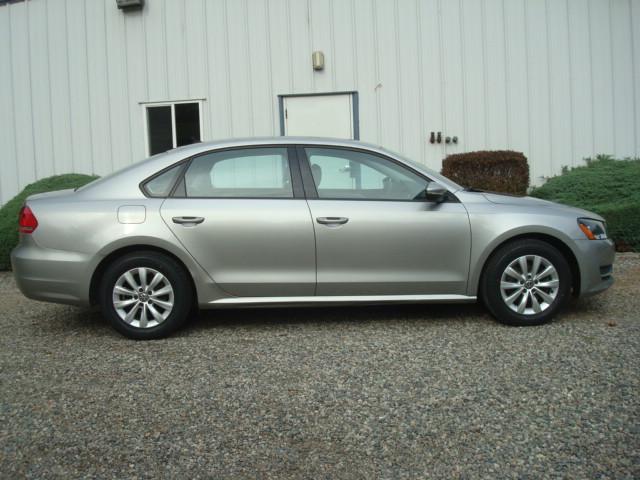 2012 VW Passat 2