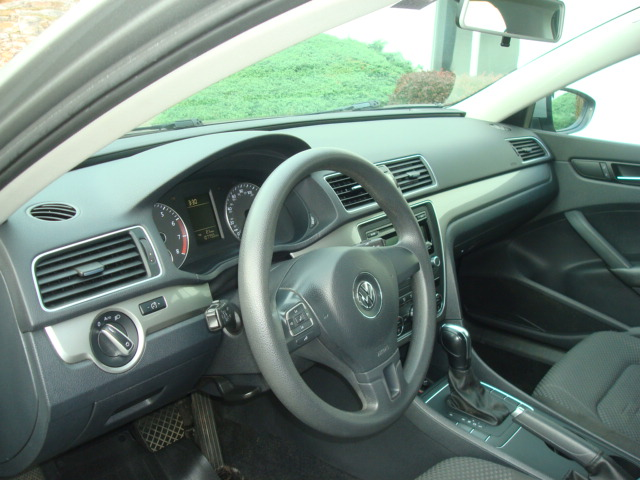 2012 VW Passat dash