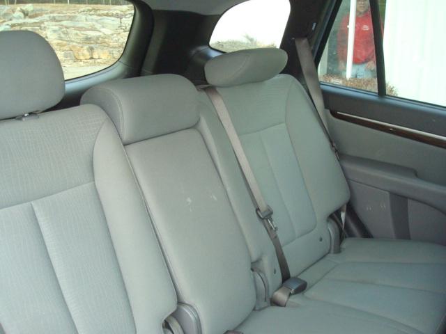 2012 Hyundai Santa Fe rear seats