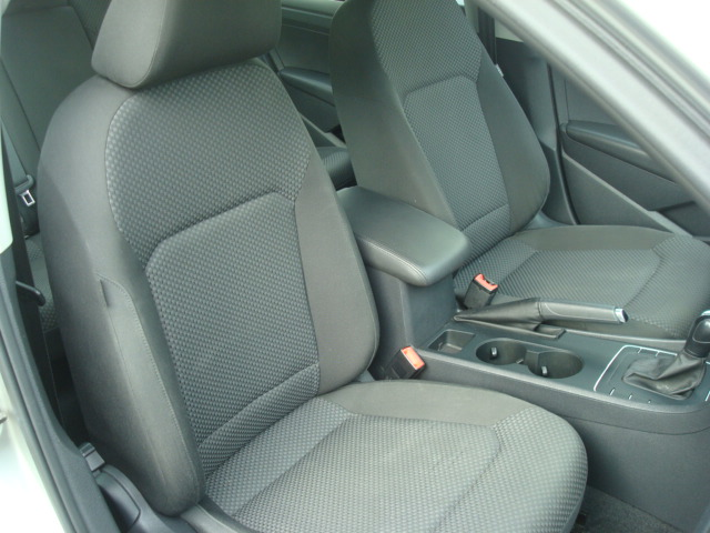 2012 VW Passat pass seat