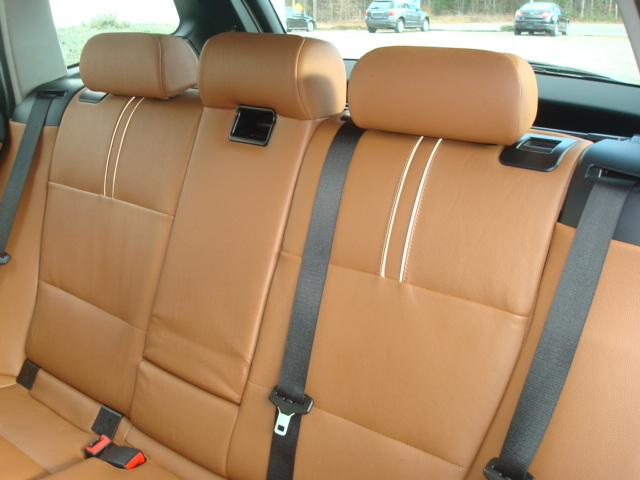 2010 BMW X3 rear seats