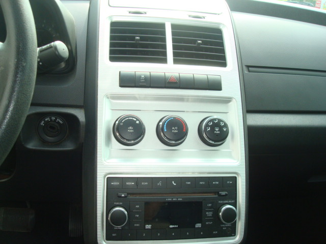 2010 Dodge Journey radio