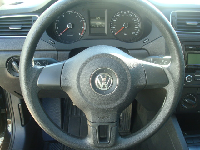 2011 VW Jetta steering