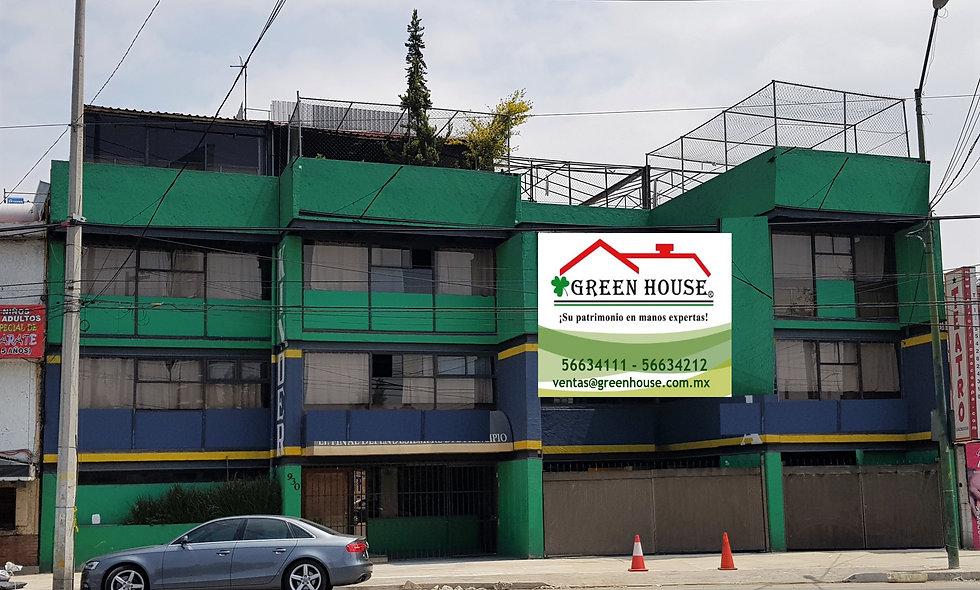 Edificio de 3 pisos Sobre Corredor Público, Av. Calzada Del Hueso