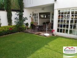 jardin_terraza_revés_logo