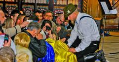 Орест Лютий на сцені Одеської філармонії