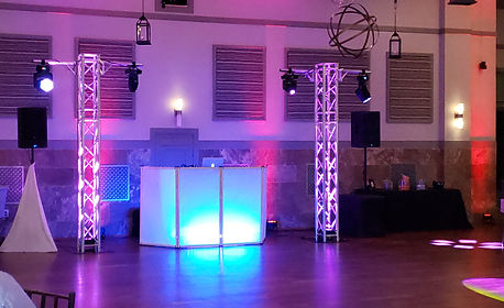 Premium Wedding DJ Totem truss and moving head lights