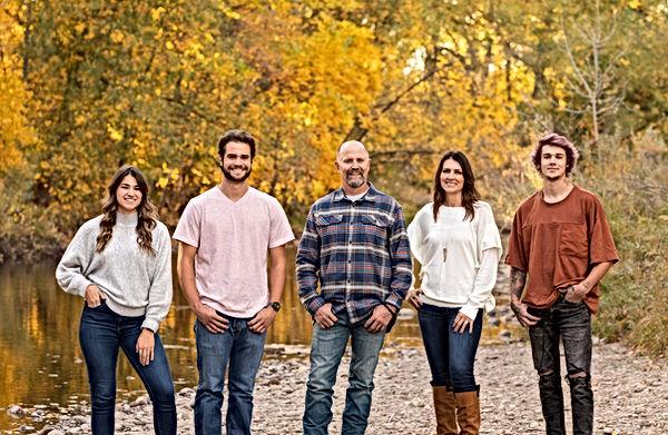 Freestone 2020 Headshots Family Pics-181
