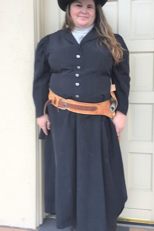 Western Suffragette Gunslinger - Rental