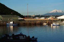 Volcán_Calbuco,_Angelmó,_Puerto_Montt,_Lake_Region,_South_Chile