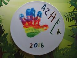 Creative handprint plate art