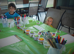 Art party table