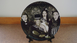 Traditional family photo plate