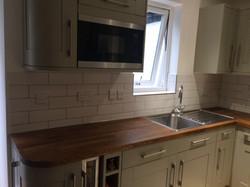 recommended tiler, tile backsplash