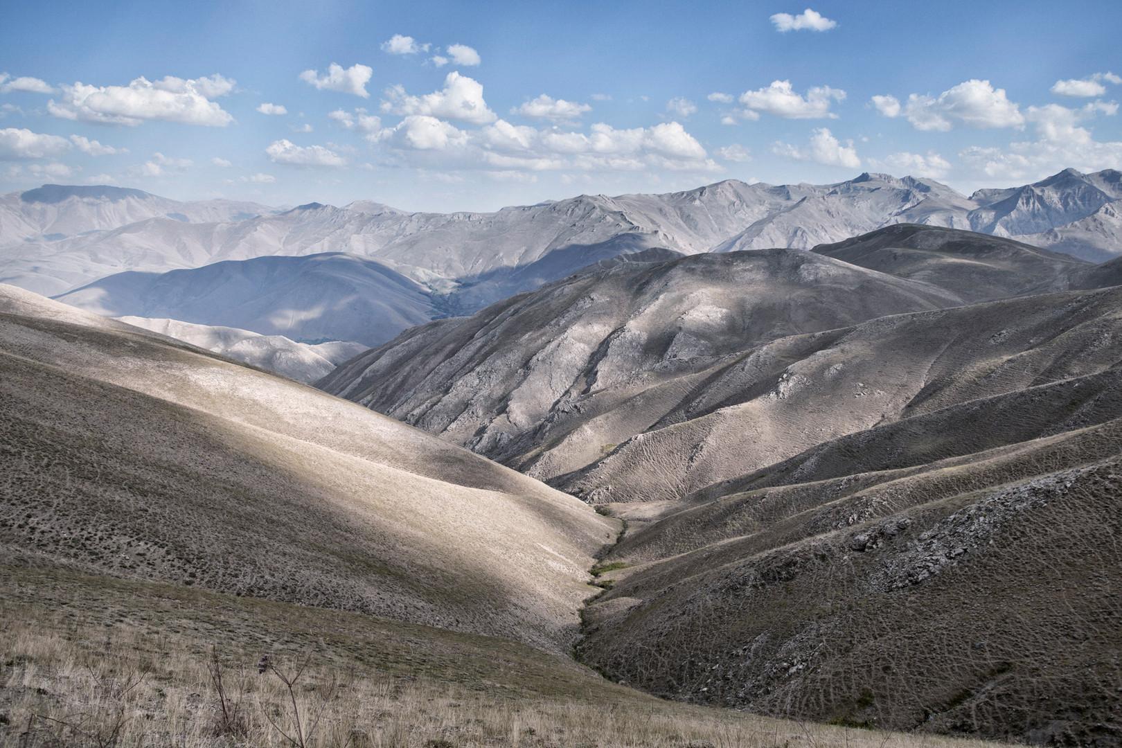 Mir Plateau, Van. August 2011.