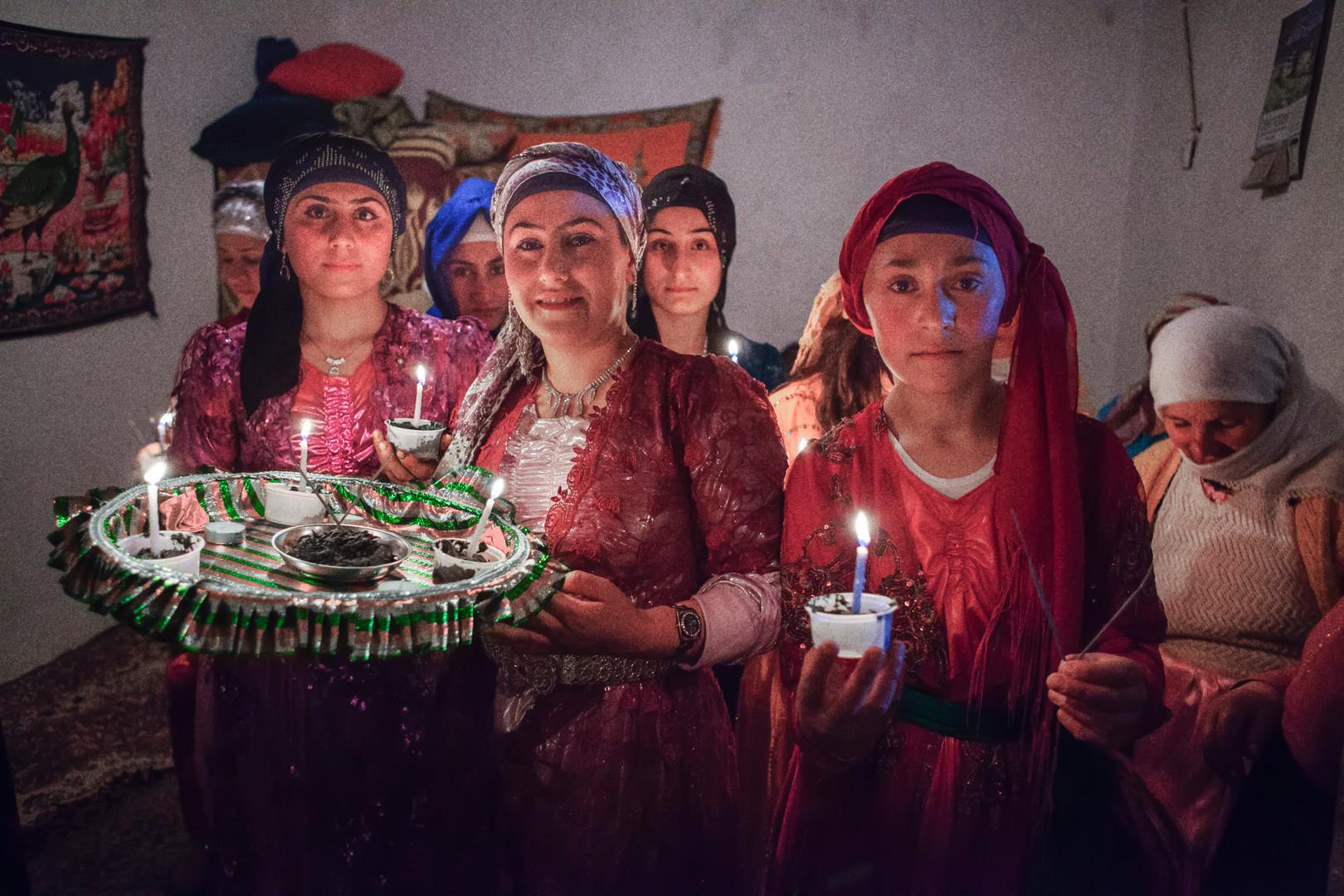 The Henna Night. Women carry henna to put on the bride's hands. Bilgi, Van. May 2013.