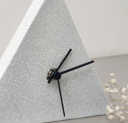 Alba-Arribas-Sandhelden-reloj-close-up.j