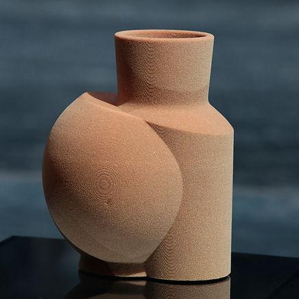 Layered Transaprency Vase beige Phenol Sand Seitenperspektive