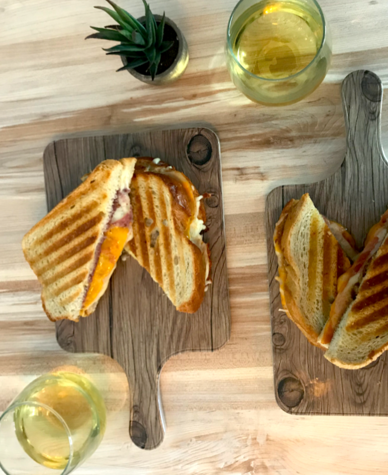 Bites Wine & Grilled Cheese Bar